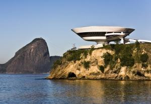MAC-de-Niterói-por-Oscar-Niemeyer