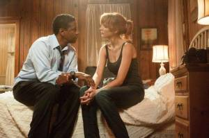Denzel Washington e Kelly Reilly em O VOO