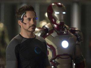 Robert Downey Jr. em HOMEM DE FERRO 3